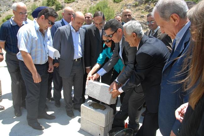 pict4- وضع حجر اساس للمركز البيئي في اهمج بحضور سفيرة الولاي